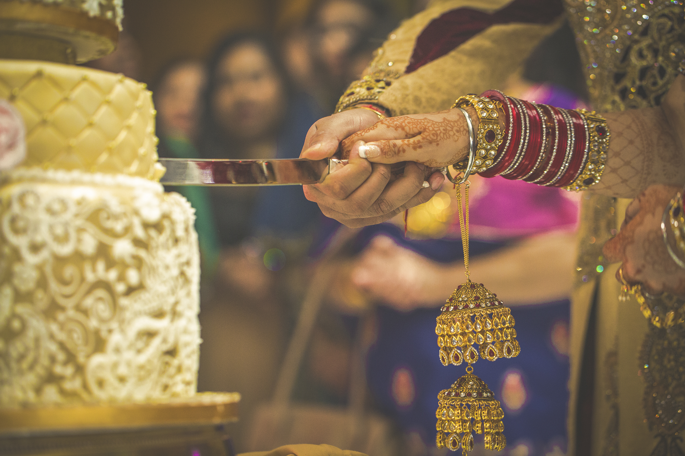 Indian Wedding Cake Photo